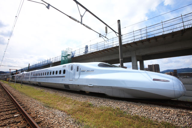 5 tips to remember when planning your Japan Rail Pass adventure.