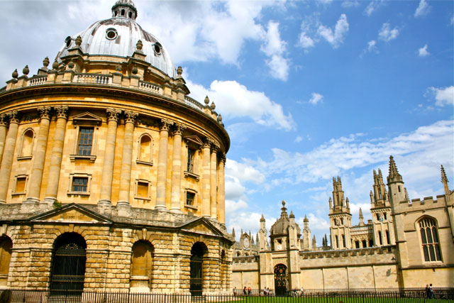 Oxford-University-and-spires-©-Laurel-Kallenbach