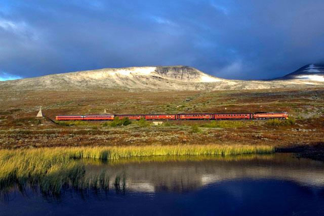Nordland-Railway-train