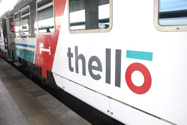 Thello-train