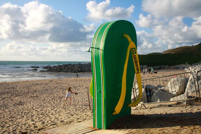 Fistral_Beach_flipflop_Helen_Earley