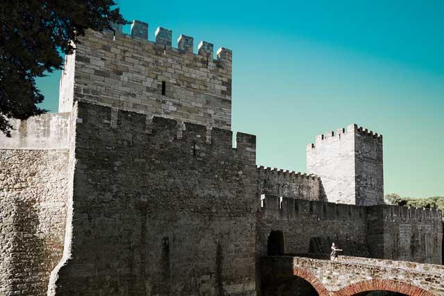 san-jorge-castle-1